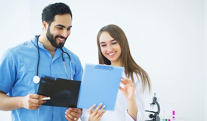TCAE grado medio de auxiliares en enfermería